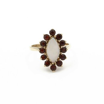 10K YELLOW GOLD OPAL MARQUISE CABOCHON AND GARNET COCKTAIL RING SIZE 7.75 #J5-3