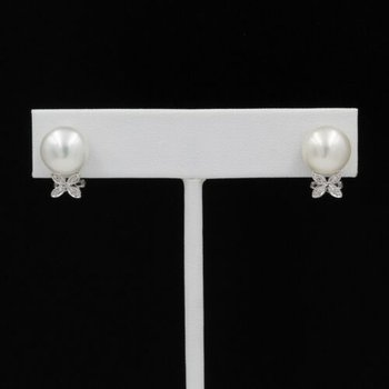 14K WHITE GOLD BUTTON PEARL & DIAMOND FLOWER DECAL OMEGA BACK EARRINGS #1024B-8