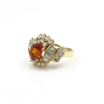 18K GOLD OVAL SPESSARTITE GARNET AND DIAMOND COCKTAIL RING, 3.97 CTW SIZE 6 E-94