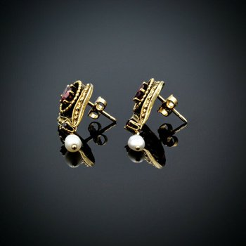 VINTAGE 14K GOLD 1.60 CTW OVAL GARNET & RICE PEARL POST DANGLE EARRINGS #961B-8