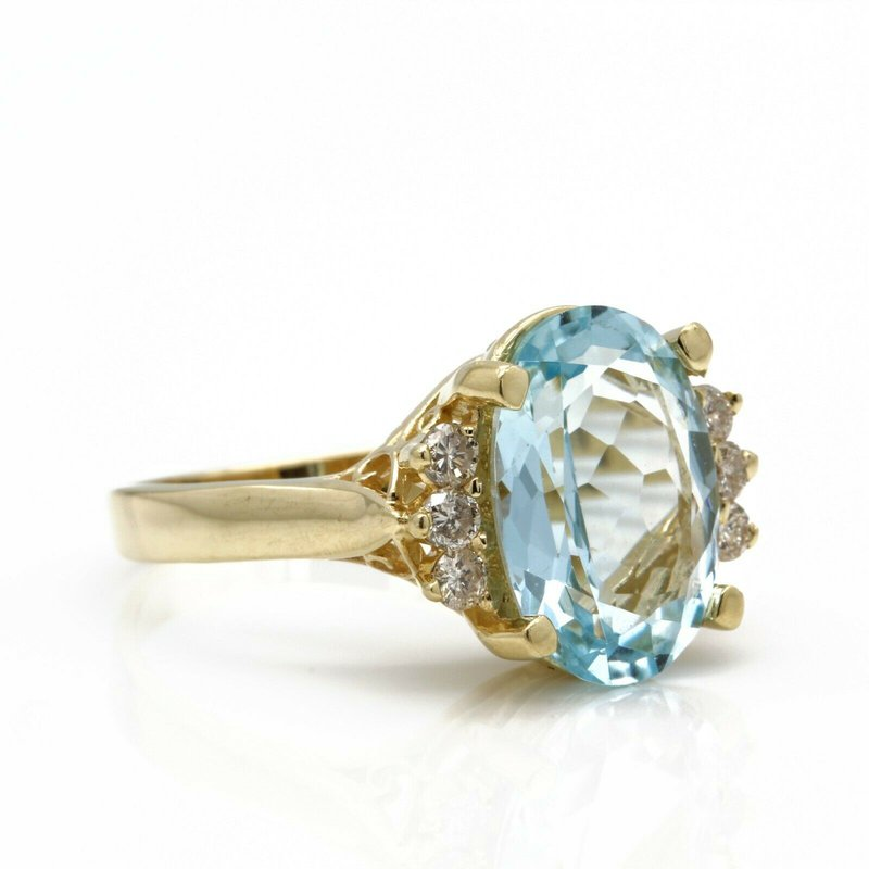 National Rarities 14K SOLID GOLD OVAL AQUAMARINE AND ROUND DIAMOND ACCENTS RING 4.80 CTW JB36-1
