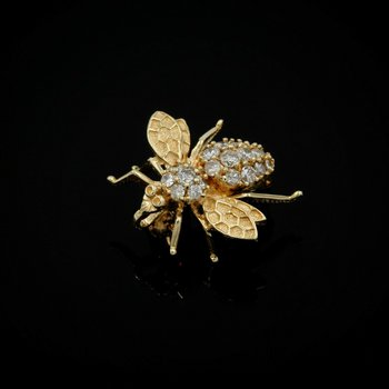 14K SOLID GOLD 1.70 CTW ROUND DIAMOND VINTAGE BEE BROOCH SIGNED YCH #990B-2