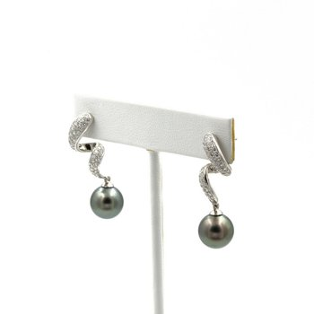 BEAUTIFUL MIKIMOTO PLATINUM TAHITIAN PEARL & 1.00 CTW DIAMOND EARRINGS #E-86