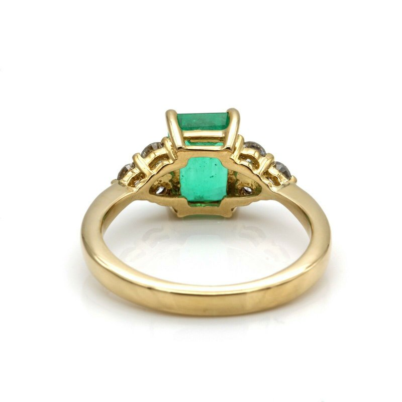 National Rarities VINTAGE 18K SOLID GOLD EMERALD CUT EMERALD W/ ACCENT DIAMONDS 1.25 CTW 1105B-7