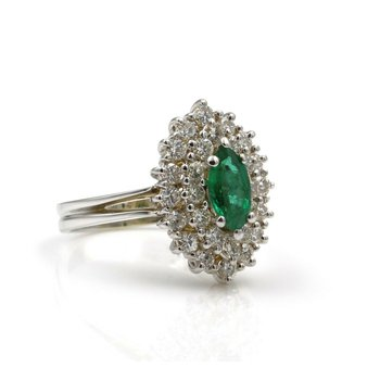 STUNNING 14K WHITE GOLD EMERALD & DIAMOND CLUSTER RING SIZE 5.25 #848B-6