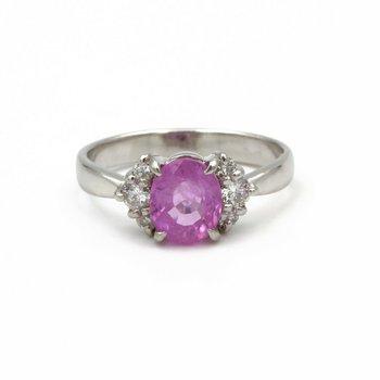 PLATINUM 1.75 CT OVAL BRIGHT PINK SAPPHIRE & 0.22 CTW ROUND DIAMOND RING #979B-6
