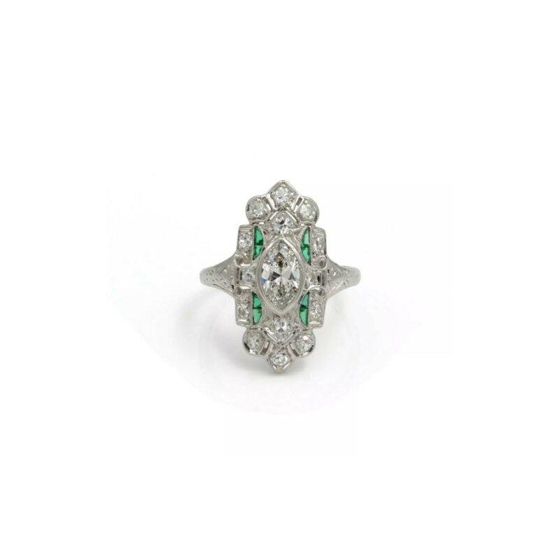 Antique ANTIQUE PLATINUM DIAMOND AND GREEN STONE ART DECO SHIELD RING SIZE 5.25 #E-324