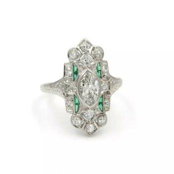 ANTIQUE PLATINUM DIAMOND AND GREEN STONE ART DECO SHIELD RING SIZE 5.25 #E-324