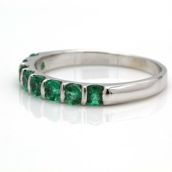 14K WHITE GOLD NATURAL ROUND EMERALD CHANNEL BAR RING SIZE 8.50 #JB41-6