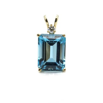 14K YELLOW GOLD BLUE TOPAZ EMERALD CUT PENDANT W/ DIAMOND ACCENT BASKET 1033B-3