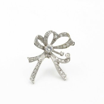 CHARMING VINTAGE 14K WHITE GOLD AND DIAMOND BOW PIN 1.0 CTW E-92