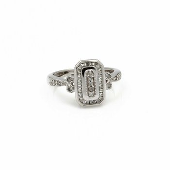 10K WHITE GOLD VINTAGE STYLE DIAMOND RING ROUND CENTER BAGUETTES HALO 1034B-5