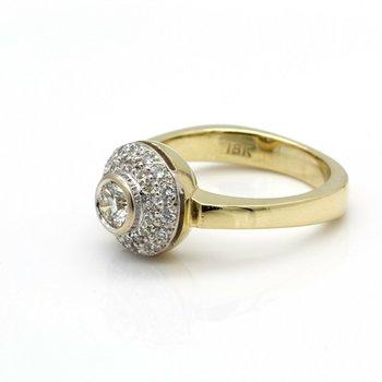GORGEOUS VINTAGE 18K YELLOW GOLD AND 0.78 CTW DIAMOND RING SIZE 6 #J1061-S4
