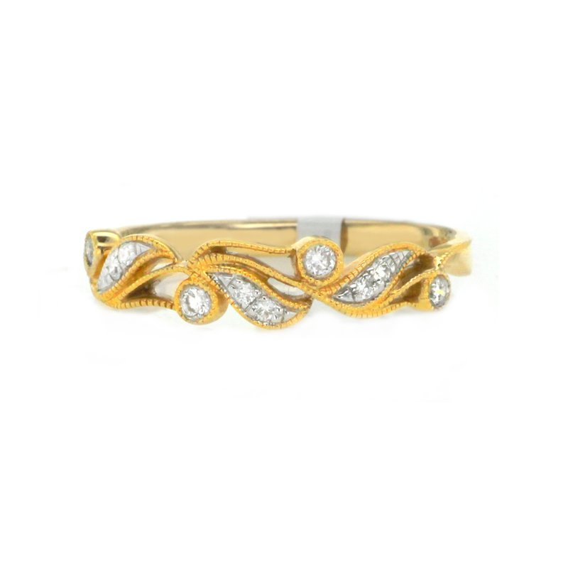 Continental Collection 0.10 ctw Diamond Band