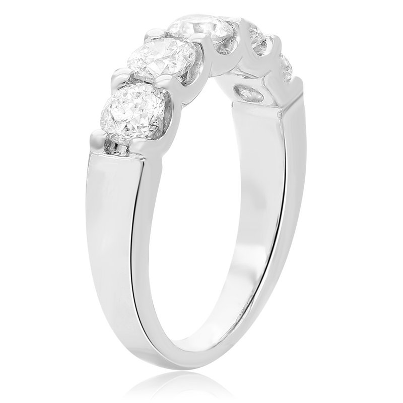 Continental Collection 1.50 ctw Diamond Band
