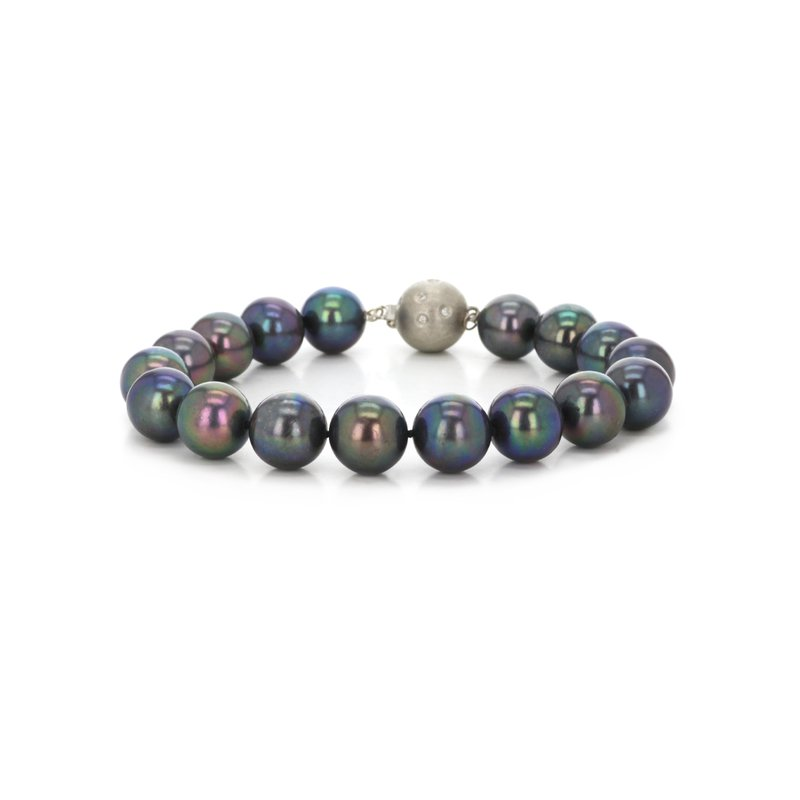 Continental Collection Pearl Bracelet