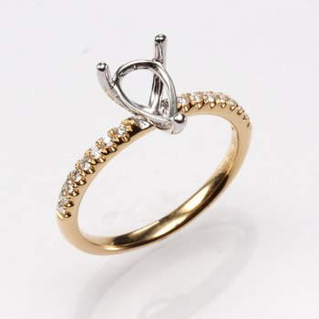18K Yellow Gold Pear .16Ctw Diamond Mounting