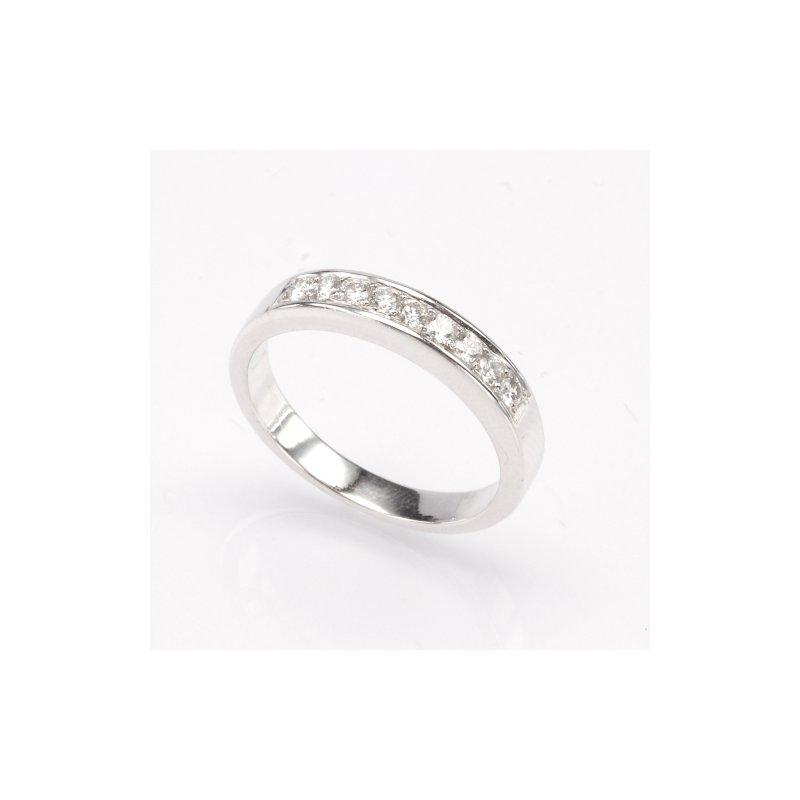 Platinum .27 Ctw Wedding Band