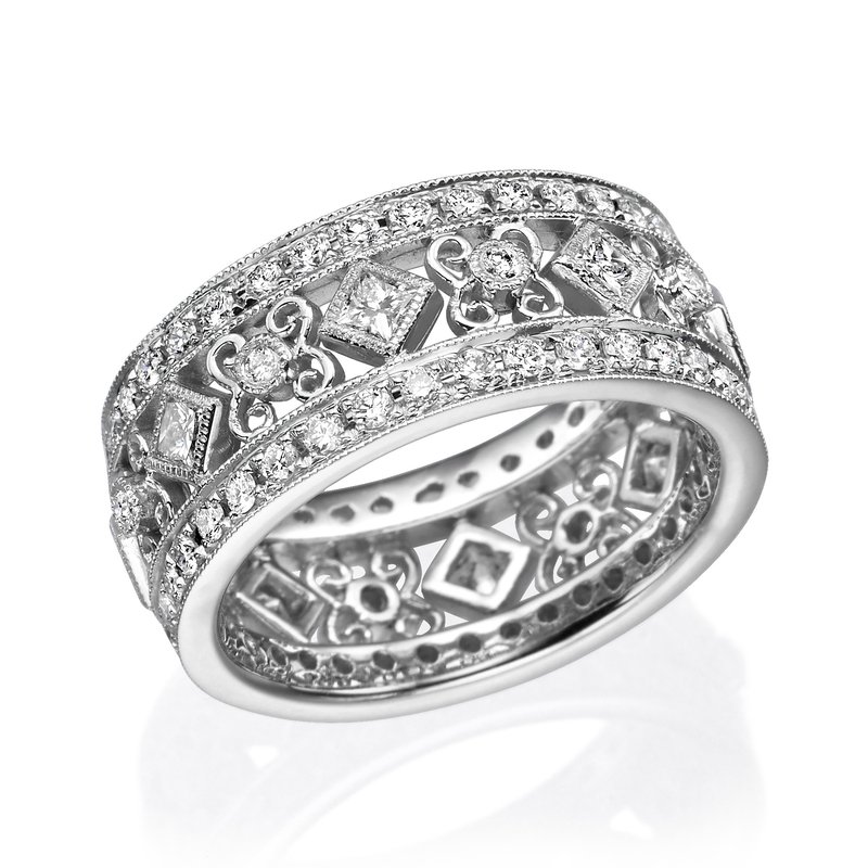 18K White Gold Vintage Diamond Fashion Ring