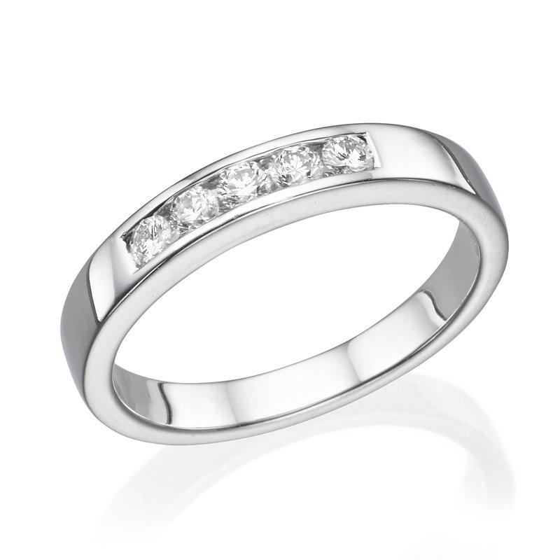 Platinum .25 Ctw Wedding Band