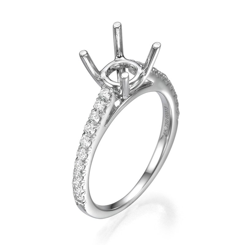 18K White Gold Classic Cathedral Mounting