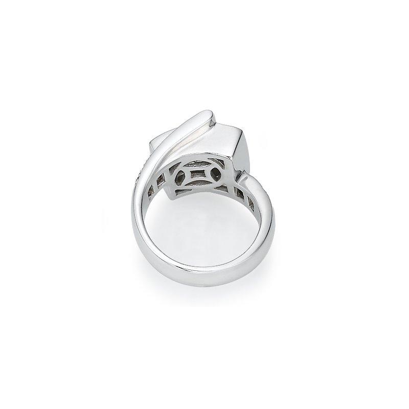 18K White gold Modern Fashion Ring