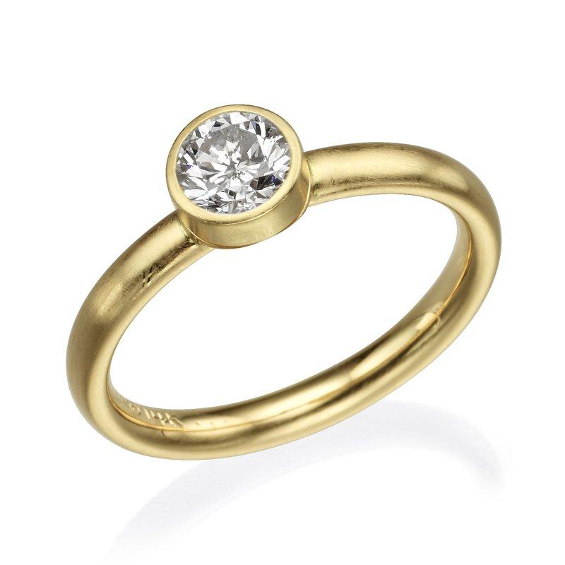 Gold Bezel Diamond Fashion Ring