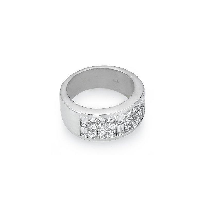 18K White Gold Multi-Row Diamond Fashion Ring