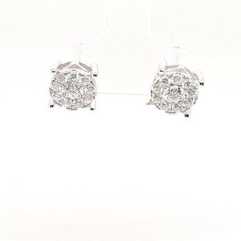 14K Wg 0.93Ctw Diamond Cluster Stud Earrings