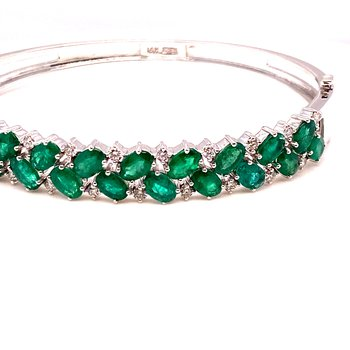 14K Wg Emerald & Diamond Bracelet Em-9.40Ctw D-0.86Ctw