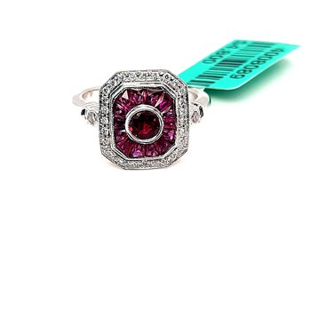 18K Wg 0.95Ctw Ruby & 0.20Ctw Diamond Ring 5.5G