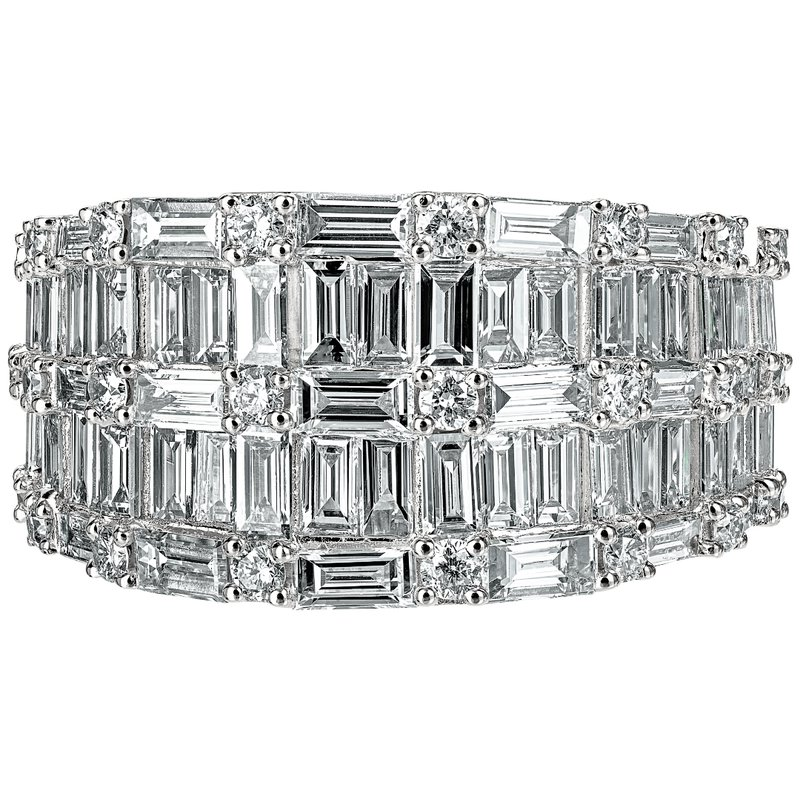 Baguette and Round Mirror Tapered Band