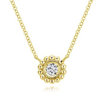 Bezel Set Fashion Pendant