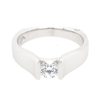 Signature Solitaire-Small