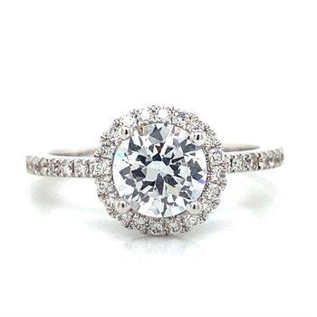 18k White Gold Halo Ring