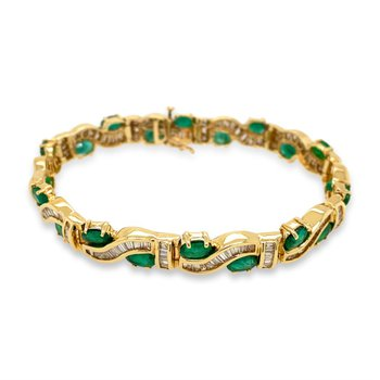 18k Yellow Gold Diamond & Emerald Bracelet