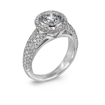 18k Halo Engagement Ring