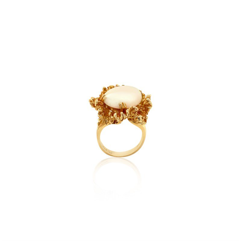 14k Yellow Gold Cabochon Opal Ring