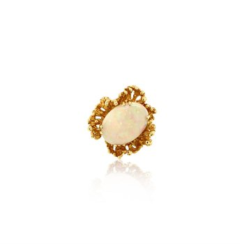 14k Yellow Gold Cabochon Opal Ring
