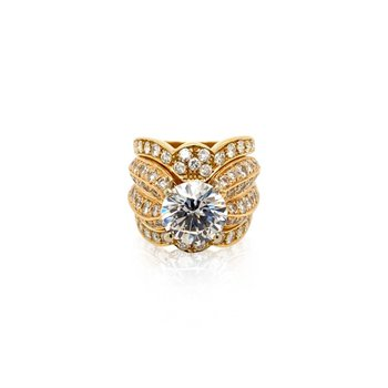 18k Yellow Gold Ring with Jacket