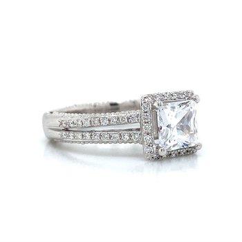 18k White Gold Verragio Split Shank Ring