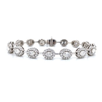 18K White Gold Oval Diamond Bracelet
