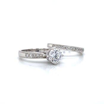 18 White Gold Diamond Wedding Set