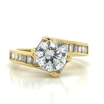 18k Yellow Gold Crossover Ring