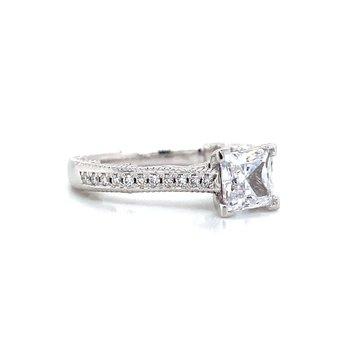 18k White Gold Classic Verragio Ring