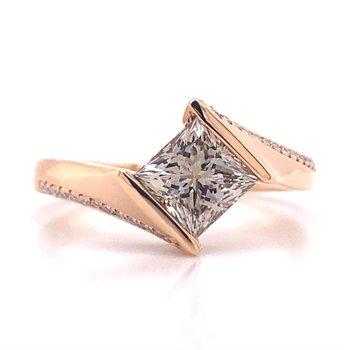 18K Rose Gold Diamond Engagement Ring