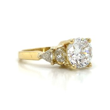 18K 5 Stone Diamond Ring