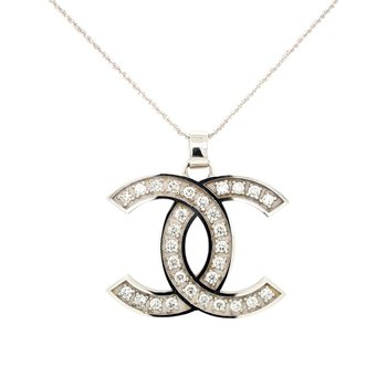 14k White Gold Chanel Pendant