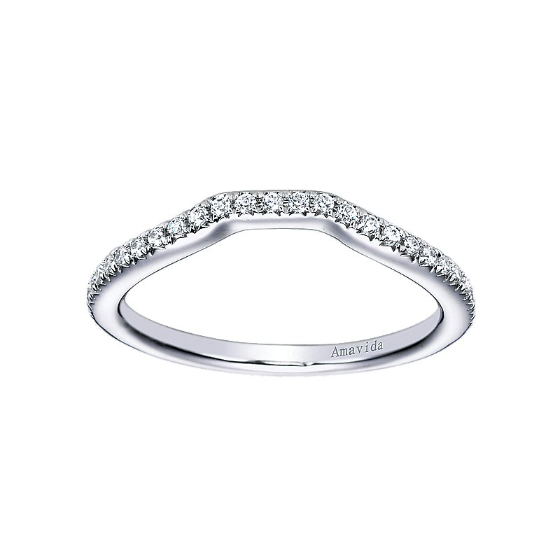 ??ct tw Diamond Wedding Ring in 18K White GoldLadies diamond wedding ring featuring ?? round cut diamonds in 18K white gold. ??? carat total diamond weight.