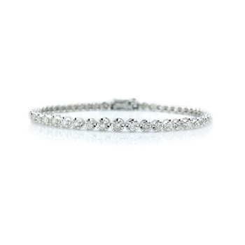 2ct tw Diamond Tennis Bracelet in 14K White Gold